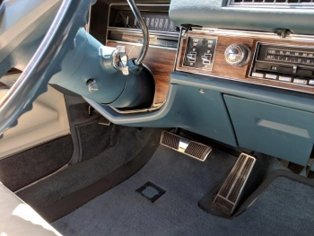 1976 Cadillac Eldorado Convertible C1324-Int 16.jpg