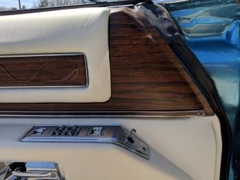 1976 Cadillac Eldorado Convertible C1324-Int 31.jpg