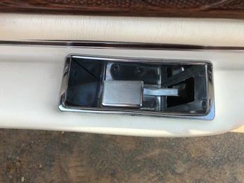 1976 Cadillac Eldorado Convertible C1324-Int 45.jpg