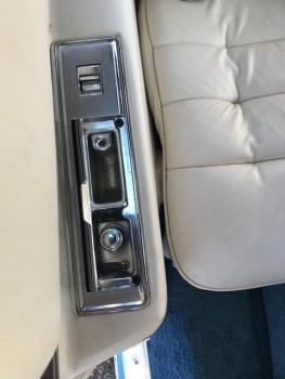 1976 Cadillac Eldorado Convertible C1324-Int 49.jpg