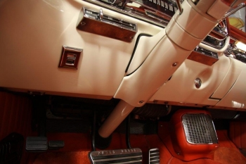 1957 Cadillac Eldorado Biarritz Convertible C1346- Int 19.jpg