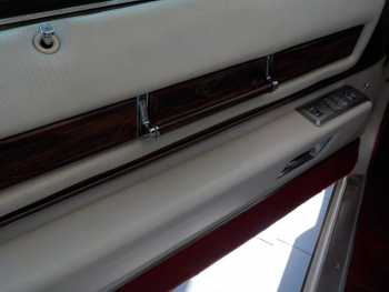 1976 Cadillac Eldorado Bi-Centenial C1348- Int 18.jpg