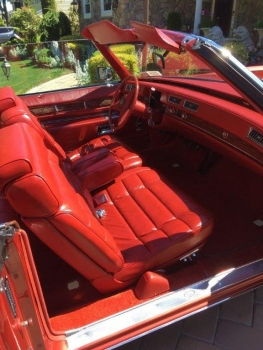 1976 Cadillac Eldorado Convertible C1349 Int 2.jpg