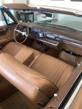 1965 Cadillac Fleetwood Eldorado Covertible C1352-Int 3.jpg