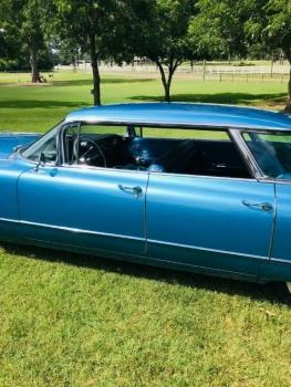 1960 Cadillac 62 Series Flat Top C1354-Ext (28).jpg