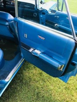 1960 Cadillac 62 Series Flat Top C1354-Int 9.jpg