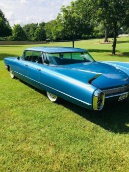 1960 Cadillac 62 Series Flat Top C1354-Cover.jpg
