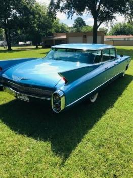 1960 Cadillac 62 Series Flat Top C1354-Ext (3).jpg