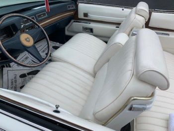 1974 Cadillac Eldorado Convertible C1359-Int 9.jpg