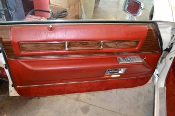 1976 Cadillac Eldorado ConvetibleC1299(13).jpg