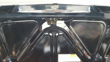 1983 Cadillac Fleetwood Brougham C1302 - Eng (2).jpg