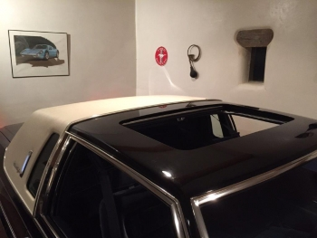 1983 Cadillac Fleetwood Brougham C1302 - Exd (11).jpg
