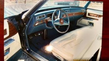 1976 Cadillac Eldorado Convertible(r) - C1301 (8).jpg