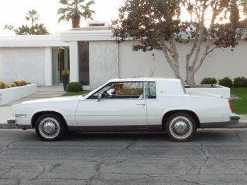 1985 Cadillac Eldorado Biarritz Commemorative Edition Coupe C1305-Ext (1).jpg