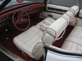 1976 Cadillac Eldorado ConvertibleBicentennial(C1314)-Int (25).jpg