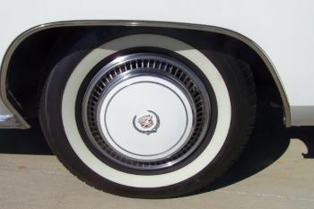 1976 Cadillac Eldorado ConvertibleBicentennial(C1314)-EXD (25).jpg