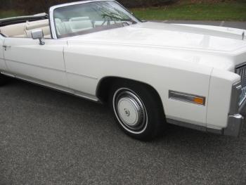 1976 Cadillac Eldorado ConvertibleBicentennial(C1314)-EXT (18).jpg