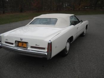 1976 Cadillac Eldorado ConvertibleBicentennial(C1314)-EXT (29).jpg