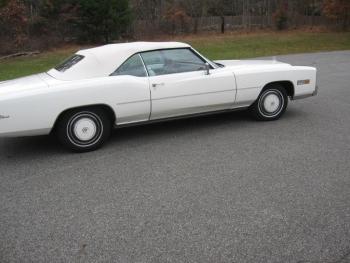 1976 Cadillac Eldorado ConvertibleBicentennial(C1314)-EXT (30).jpg