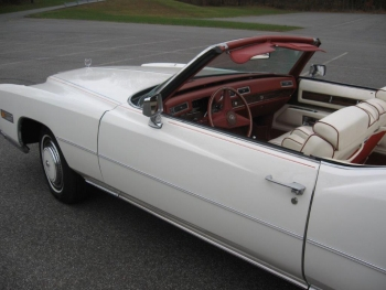 1976 Cadillac Eldorado ConvertibleBicentennial(C1314)-EXT (34).jpg