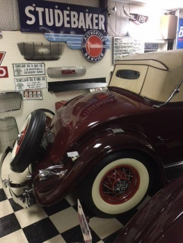 1932 Cadillac Roadster C1316-Ext 02.jpg