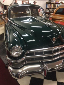 1949 Cadillac Woodie Wagon C1317-Ext 04.jpg