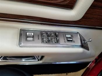1976 Cadillac Eldorado Convertible C1321-Int 05.jpg
