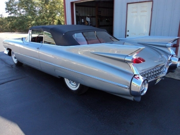 1959 Cadillac 62 Series Convertible C1328-Ext 3.jpg