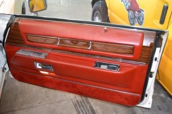 1976 Cadillac Eldorado Convertible C1332-Int 11.jpg