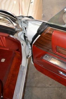 1976 Cadillac Eldorado Convertible C1332-Int 14.jpg