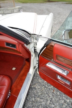1976 Cadillac Eldorado Convertible C1332-Int 24.jpg