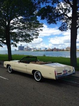 1976 Cadillac Eldorado Convertible C1333-Ext 2.jpg