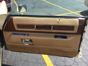 1976 Cadillac Eldorado Convertible C1333-Int 2.jpg