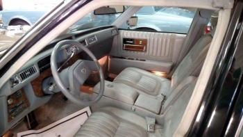 1979 Cadillac Seville Elegante C1334-Int 2.jpg
