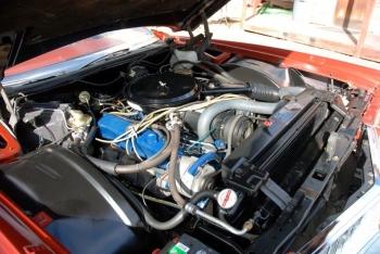 1976 Cadillac Eldo-Conv C1339-Eng 2.jpg