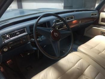 1976 Cadillac Eldorado Convertible C1324-Int 7.jpg