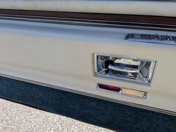 1976 Cadillac Eldorado Convertible C1324-Int 32.jpg
