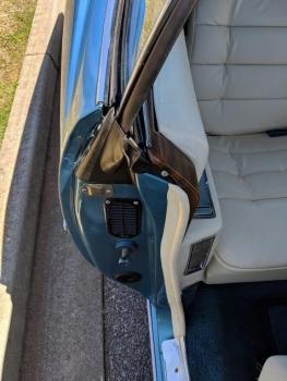 1976 Cadillac Eldorado Convertible C1324-Int 51.jpg