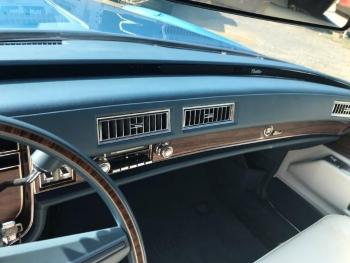 1976 Cadillac Eldorado Convertible C1324-Int 10.jpg