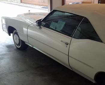 1976 Cadillac Eldorado Bi-Centenial C1348- Ext 3.jpg