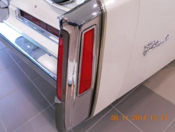 1976 Cadillac Eldorado Bi-Centenial C1348- Exd 6.jpg
