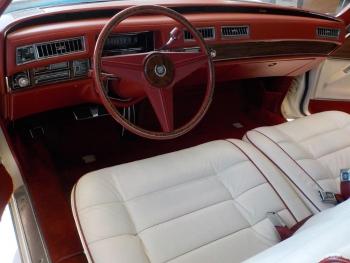 1976 Cadillac Eldorado Bi-Centenial C1348- Int 3.jpg
