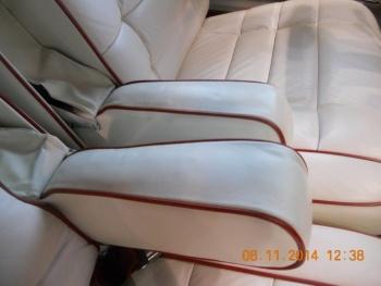 1976 Cadillac Eldorado Bi-Centenial C1348- Int 5.jpg