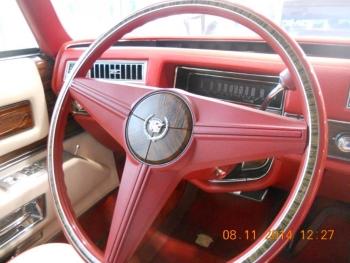 1976 Cadillac Eldorado Bi-Centenial C1348- Int 10.jpg