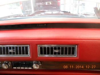 1976 Cadillac Eldorado Bi-Centenial C1348- Int 12.jpg