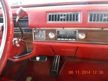 1976 Cadillac Eldorado Bi-Centenial C1348- Int 15.jpg