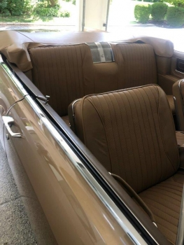 1965 Cadillac Fleetwood Eldorado Covertible C1352-Int 6.jpg