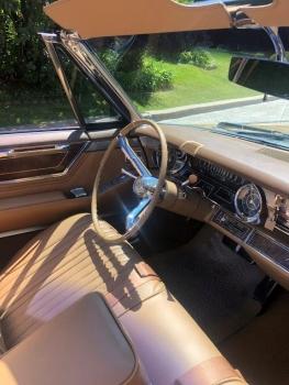 1965 Cadillac Fleetwood Eldorado Covertible C1352-Int 11.jpg