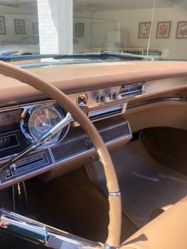 1965 Cadillac Fleetwood Eldorado Covertible C1352-Int 14.jpg