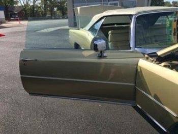 1976 Cadillac Eldorado Convertible C1356-Exd 16.jpg